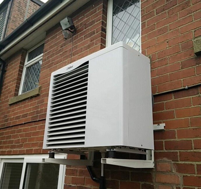 https://www.vaillant.co.uk/images/case-studies/rhi/craig-house-1-611935-format-flex-height@690@desktop.jpg