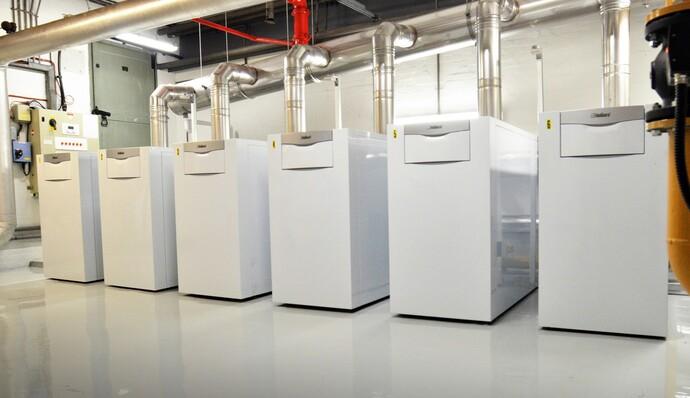 https://www.vaillant.co.uk/images/products/boilers/ecocraft/floor-standing-ecocraft-1142473-format-flex-height@690@desktop.jpg