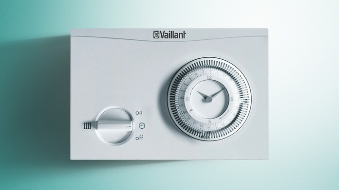 timeSWITCH 150on a Vaillant green background