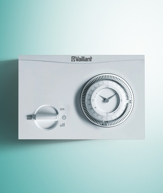 timeSWITCH 150 on a Vaillant green background