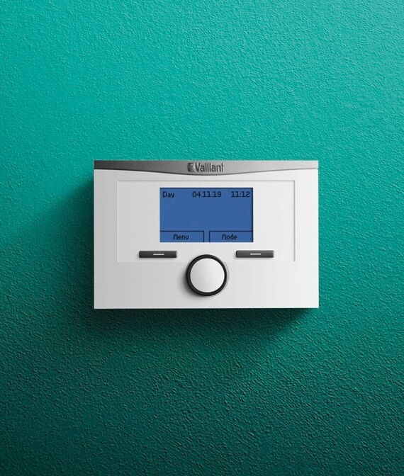 Vaillant timeSWITCH 160 control on a green background