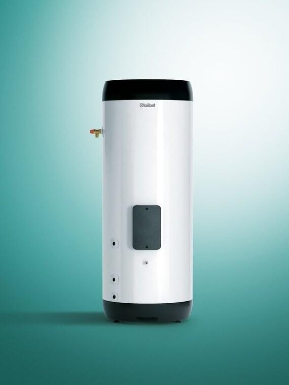 https://www.vaillant.co.uk/images/products/cylinders/standard-unistor-cylinder-698426-format-3-4@570@desktop.jpg