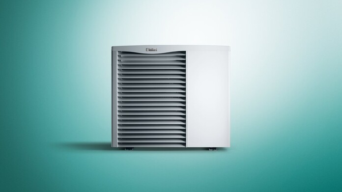 https://www.vaillant.co.uk/images/products/renewables/arotherm-heat-pump/arotherm-hybrid-893506-format-16-9@696@desktop.jpg