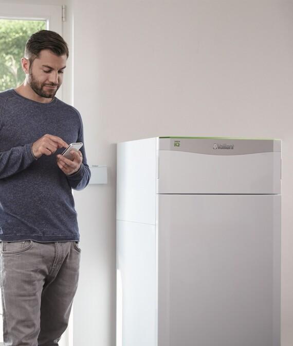 https://www.vaillant.co.uk/images/products/renewables/flexotherm-1/flexotherm-multi-source-heat-pump-1114579-format-5-6@570@desktop.jpg