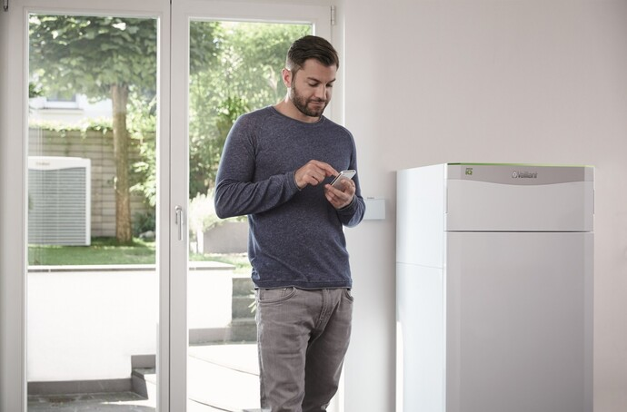 https://www.vaillant.co.uk/images/products/renewables/flexotherm-1/flexotherm-multi-source-heat-pump-1114579-format-flex-height@690@desktop.jpg