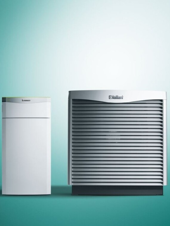 https://www.vaillant.co.uk/images/products/renewables/flexotherm-1/flexotherm-with-arocollect-667526-format-3-4@570@desktop.jpg