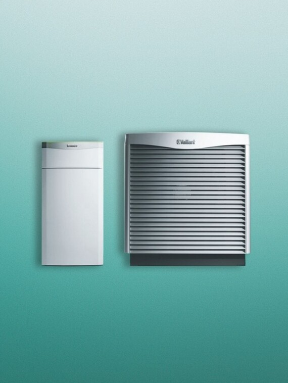 https://www.vaillant.co.uk/images/products/renewables/flexotherm-1/flexotherm-with-arocollect-a-1464112-format-3-4@570@desktop.jpg