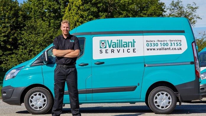 https://www.vaillant.co.uk/images/vaillant-service/vaillant-service-1116382-format-16-9@696@desktop.jpg