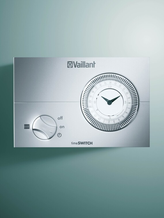 //www.vaillant.co.uk/media-master/global-media/vaillant/product-pictures/emotion/control04-1004-03-40545-format-3-4@570@desktop.jpg